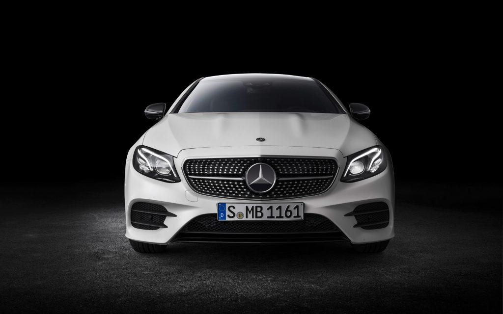 2017Auto Mercedes Benz White car Mercedes Benz E Class Coupe 2018 front view 118568